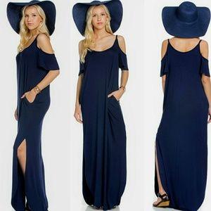 Dresses & Skirts - 🌟Cold-shoulder Side Slit Maxi Dress 🌟